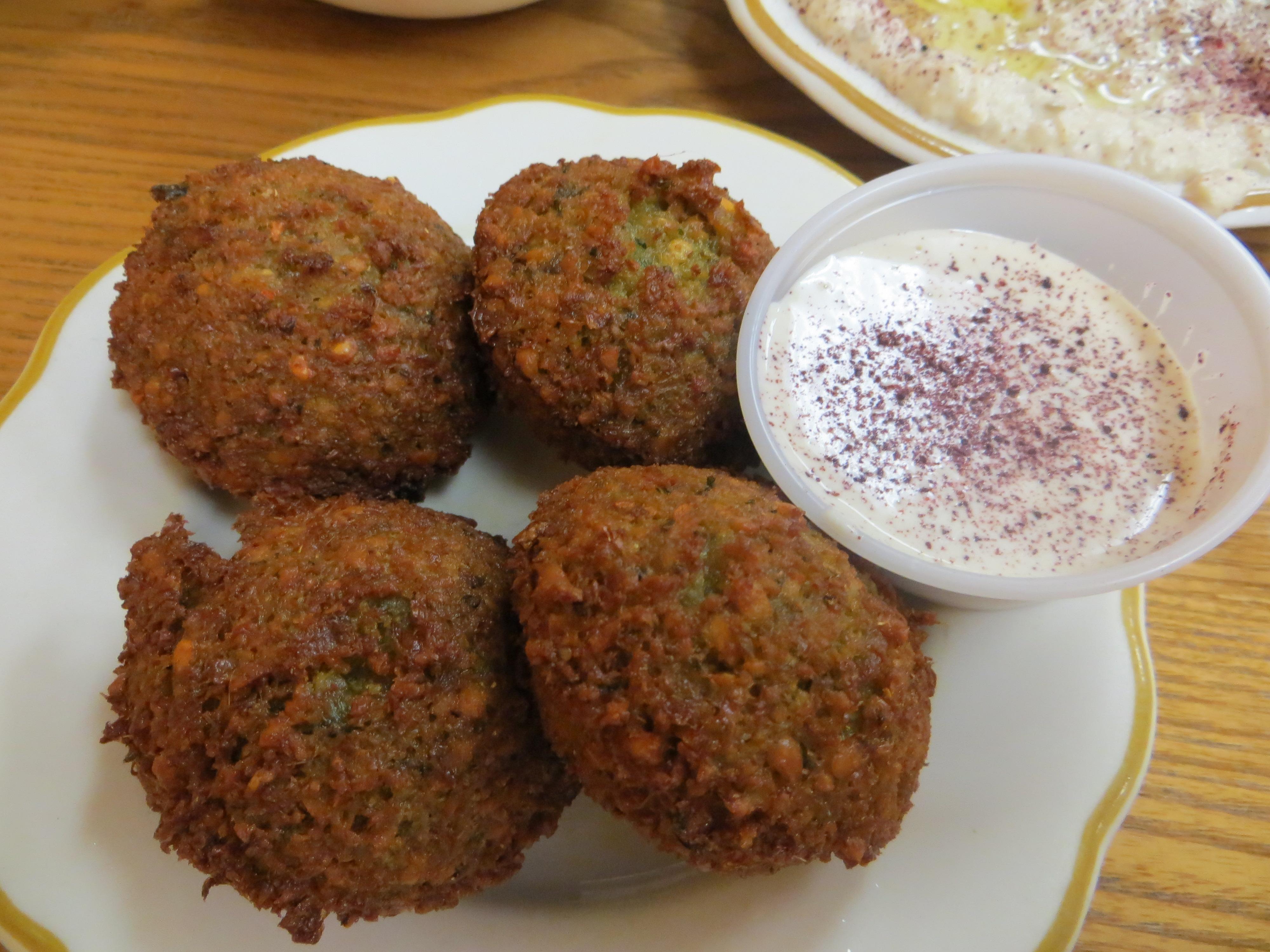 Blue apron falafel - Crispy Light Flavor Packed Falafel Served With Tahini Sauce